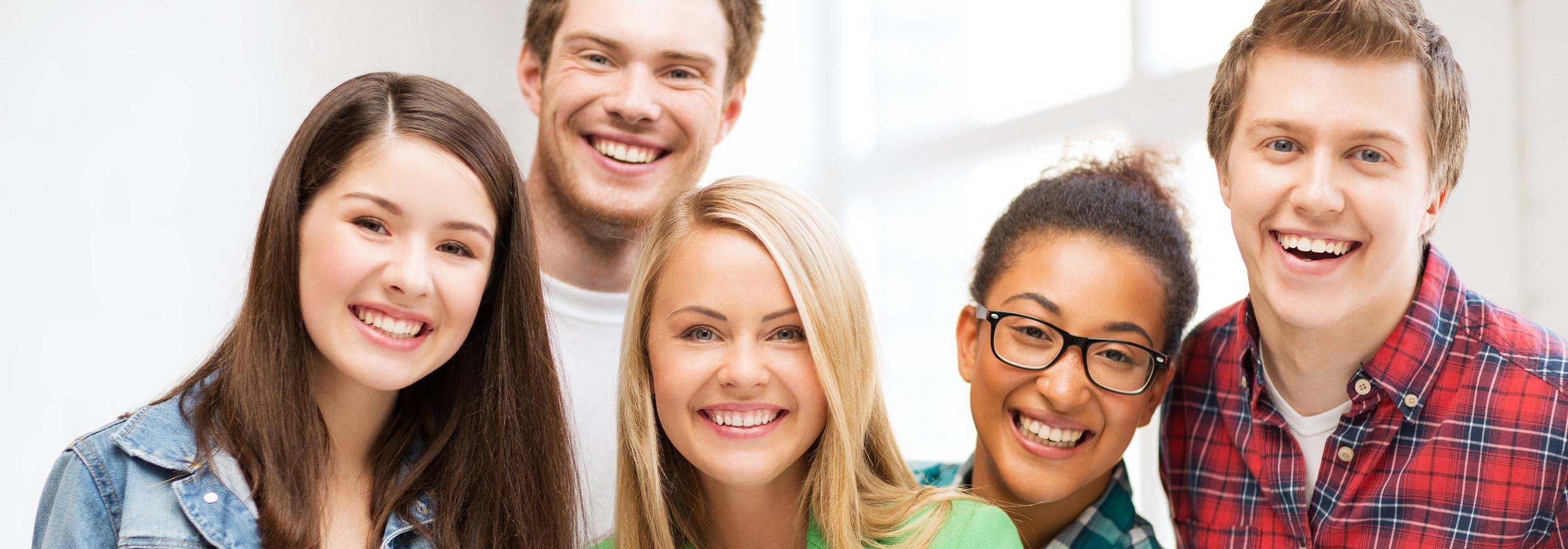 Quelle der Schönheit Behandlungen Jugendliche